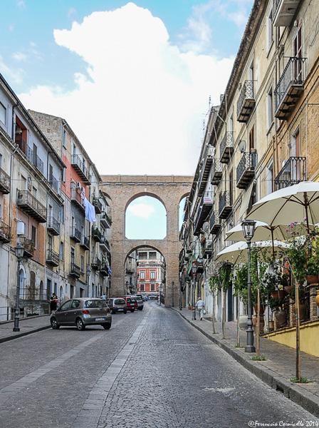 Castello di Corigliano: borgo e ingresso del Castello