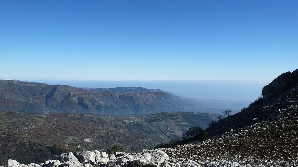 Monte Sellaro, splendida terrazza sullo Jonio
