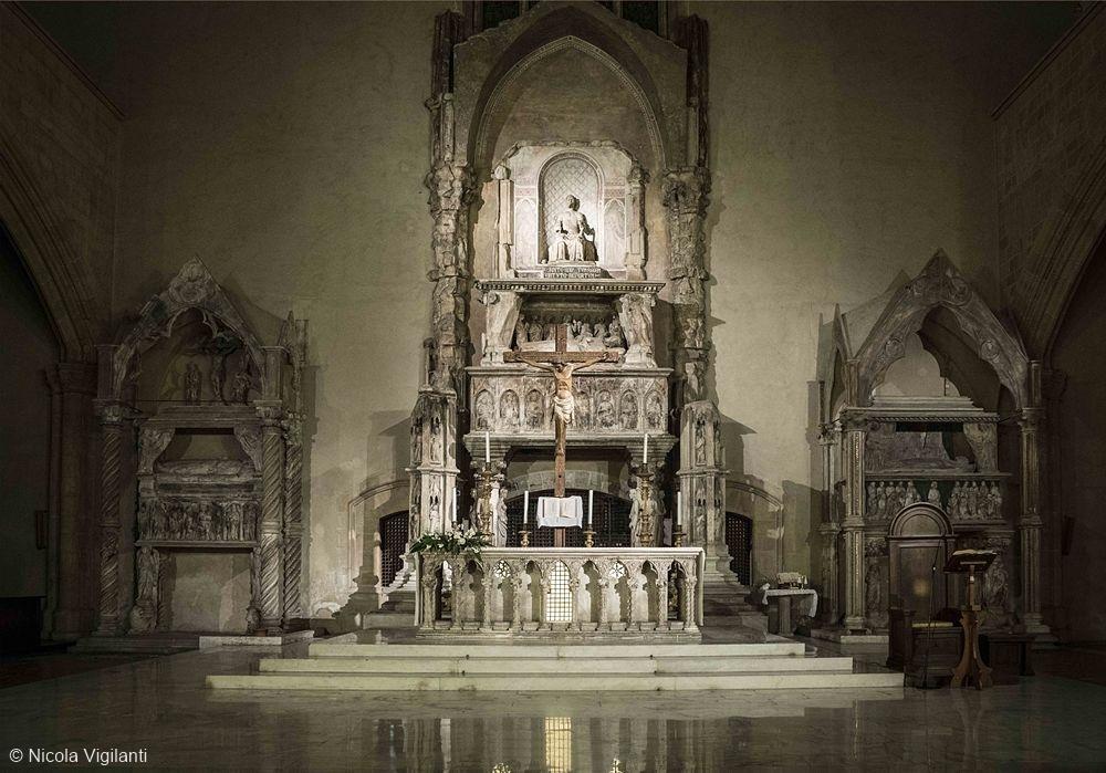Santa Chiara, Vigilanti
