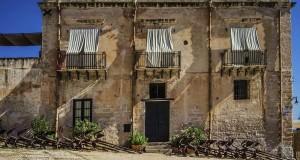 Sicilia, una terra sul magico confine fra luce e ombra, nelle immagini di Nicola Vigilanti