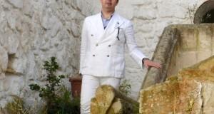Angelo Inglese: la semplicità dell'eccellenza. Incontro con il sarto di Ginosa che veste l'«high society» internazionale