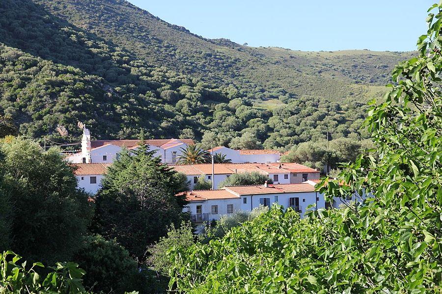 Sardegna - Il Santuario di S'Annossata (Santuario della SS. Madonna dell'Annunziata), Bitti (Nuoro) - Ph. Gianni Careddu | CCBY-SA3.0