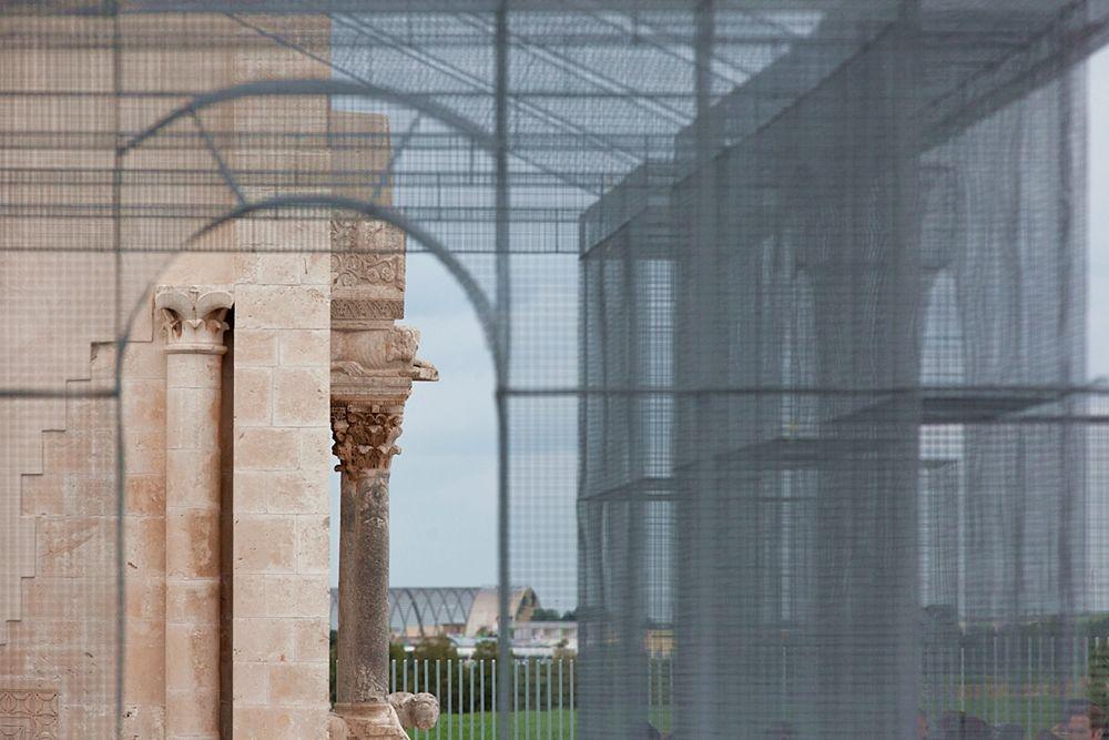 La chiesa di S. Maria Maggiore di Siponto vista dall'interno della Basilica Paleocristiana creata da Edoardo Tresoldi a Siponto, Manfredonia (Fg) - Ph. © Blindeyefactory
