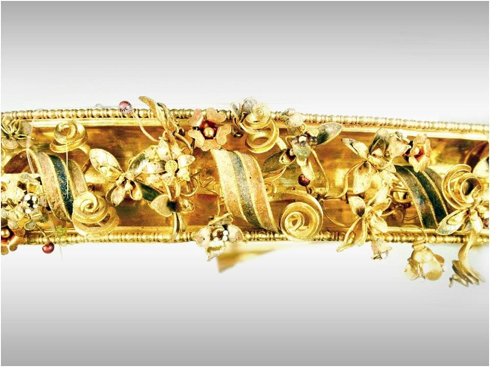 Part. del diadema fiorito della Tomba degli Ori di Canosa, III sec. a.C. Museo Archeologico di Taranto - Ph. MarTA