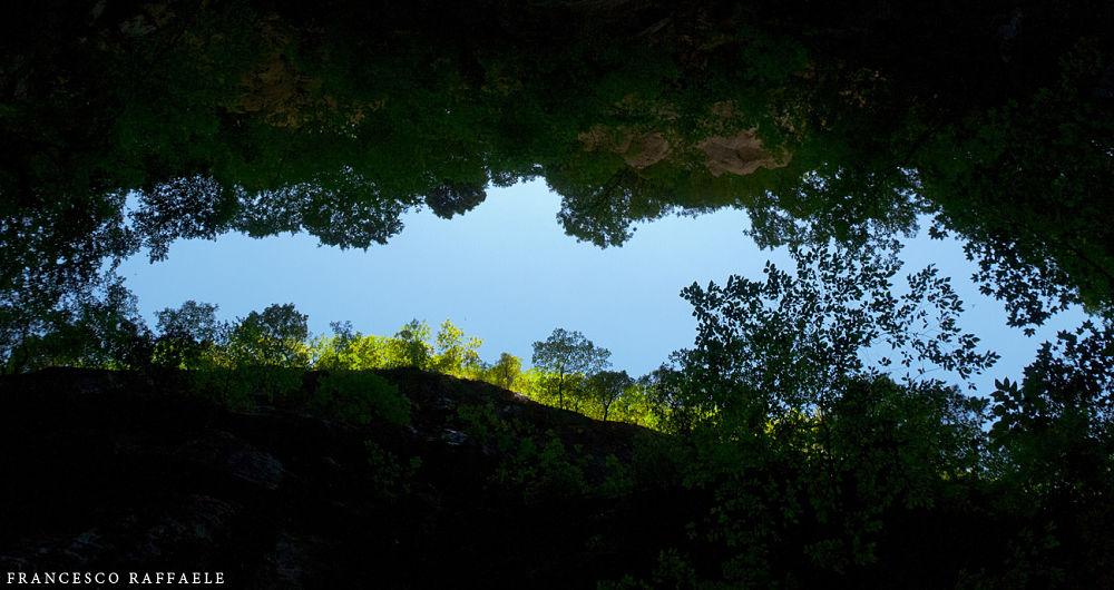Immagine della splendida Forra del Torano, Vallone dell'Inferno, Piedimonte Matese (Ce) - Ph.  © Francesco Raffaele