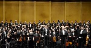 A Bari affascina lo Stabat Mater di Dvořák diretto dal giovane Inkinen