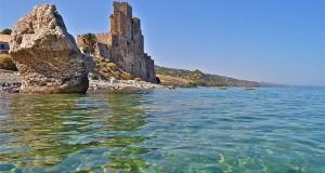 Petrolieri all'assalto dell'Alto Mar Jonio calabrese. La Provincia respinge il progetto: «È una zona ad altissima valenza turistica»