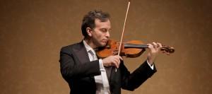 Il violino di Gil Shaham seduce il pubblico del Petruzzelli in un memorabile concerto
