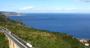 La A3 Salerno-Reggio Calabria diventa smart. Anas: «Sarà la prima al mondo tecnologicamente avanzata, pronta per le auto senza pilota»