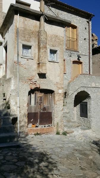 Una delle Case Kodra di Civita - Ph. © Anna Laura Orrico