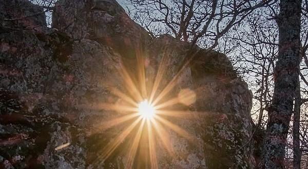 Sul lucano Monte Croccia un arcaico calendario astronomico di pietra