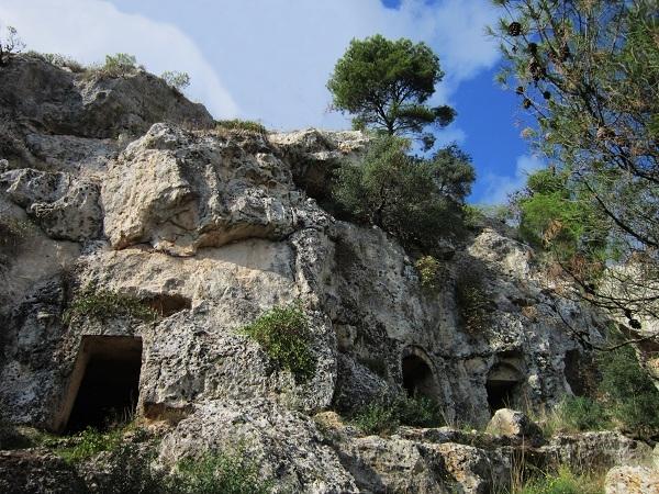Scorcio del villaggio rupestre di Petruscio, nell'omonima gravina, Mottola (Bari) - Ph. Alessandro Romano