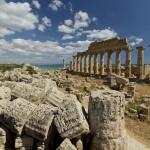 Scoperti a Selinunte l'immagine più antica di Ecate, dea della Notte e della Magia, e i paleoambienti della città