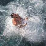 Il tuffatore Alessandro De Rose trionfa al Red Bull Cliff Diving World Series di Polignano a Mare