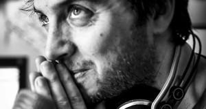 Il talento versatile di Carmine Cristallo Scalzi fra musica, cinema, fotografia, illustrazione