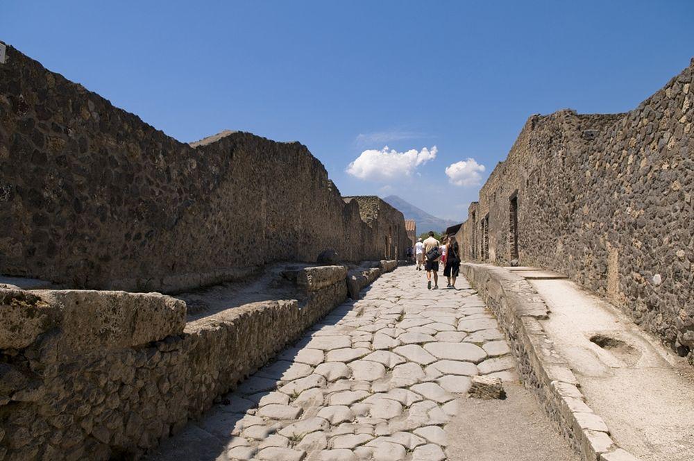 Sulle vie di Pompei - Ph. Nick Price