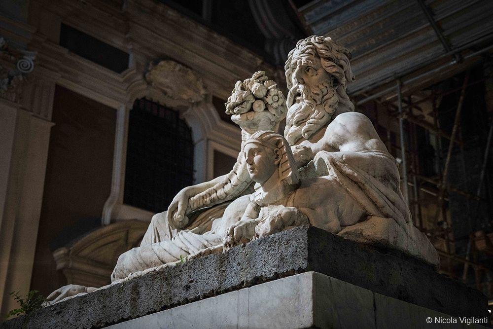 La statua del fiume Nilo
