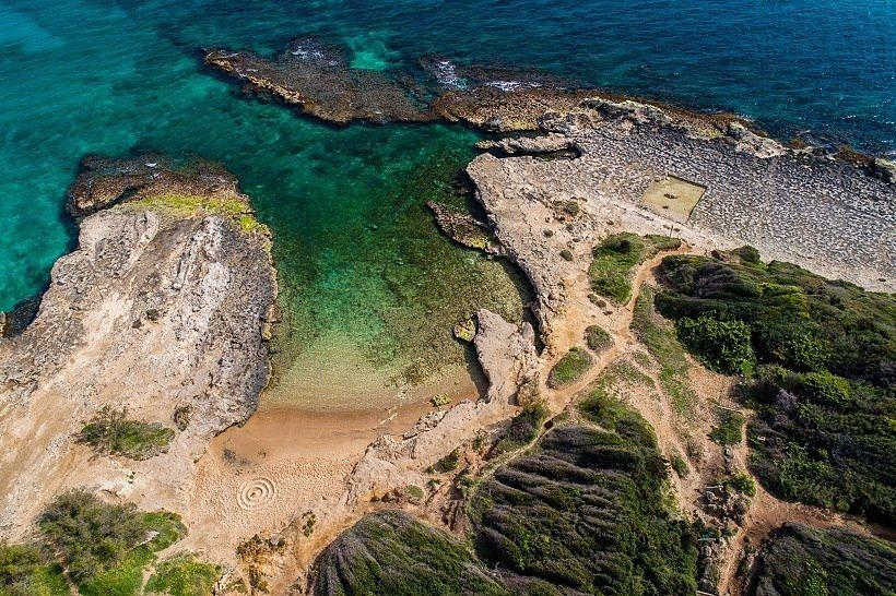Cala di Toraiello, nei pressi della dolina, Otranto (Lecce) - Ph. © Roberto Leone