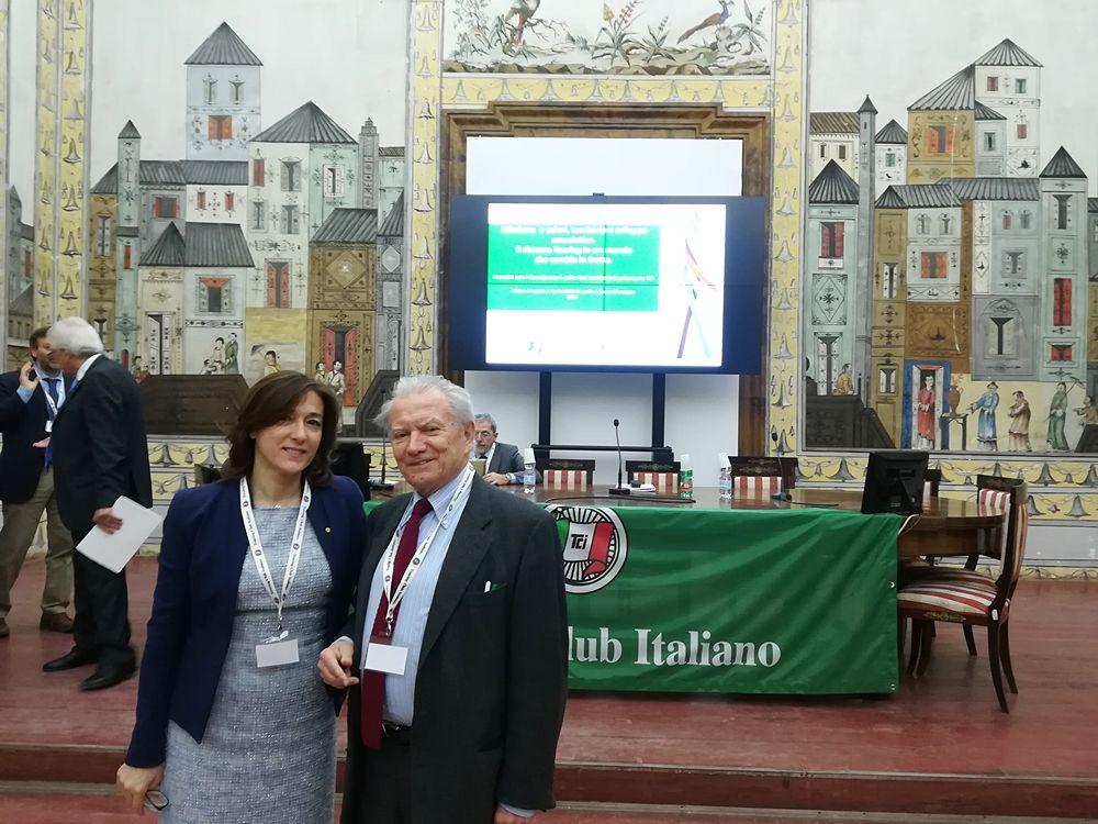 Luciana Doronzo, Vice Console TCI Puglia,  con il presidente Franco Iseppi