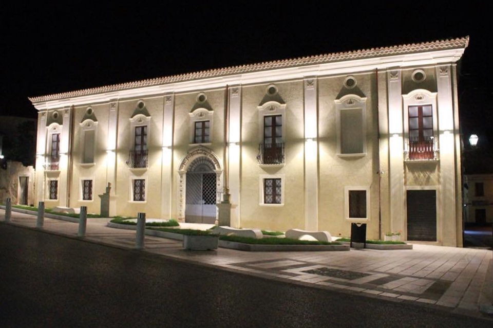 Scorcio notturno di Palazzo De Rosis, Terranova di Sibari (Cosenza), XVIII secolo - Ph. © Gianni Termine