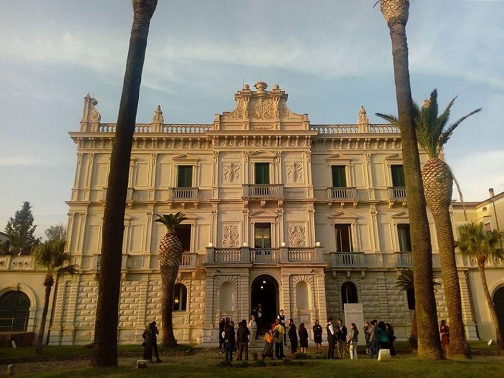 Villa Rendano, sede della Fondazione 'Attilio e Elena Giuliani' Onlus e del Museo Multimediale 'Consentia Itinera' -  Ph. © Gianni Termine
