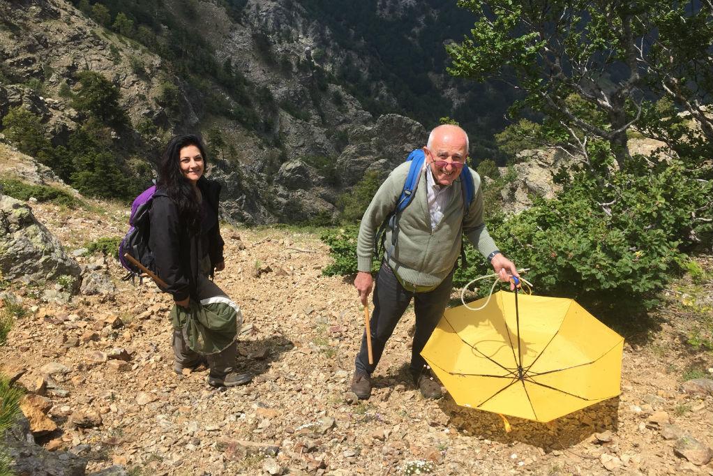 Il prof. Giuseppe Liberti con l'entomologa Elvira Castiglione sull'Aspromonte - Ph. © Parco Nazionale d'Aspromonte