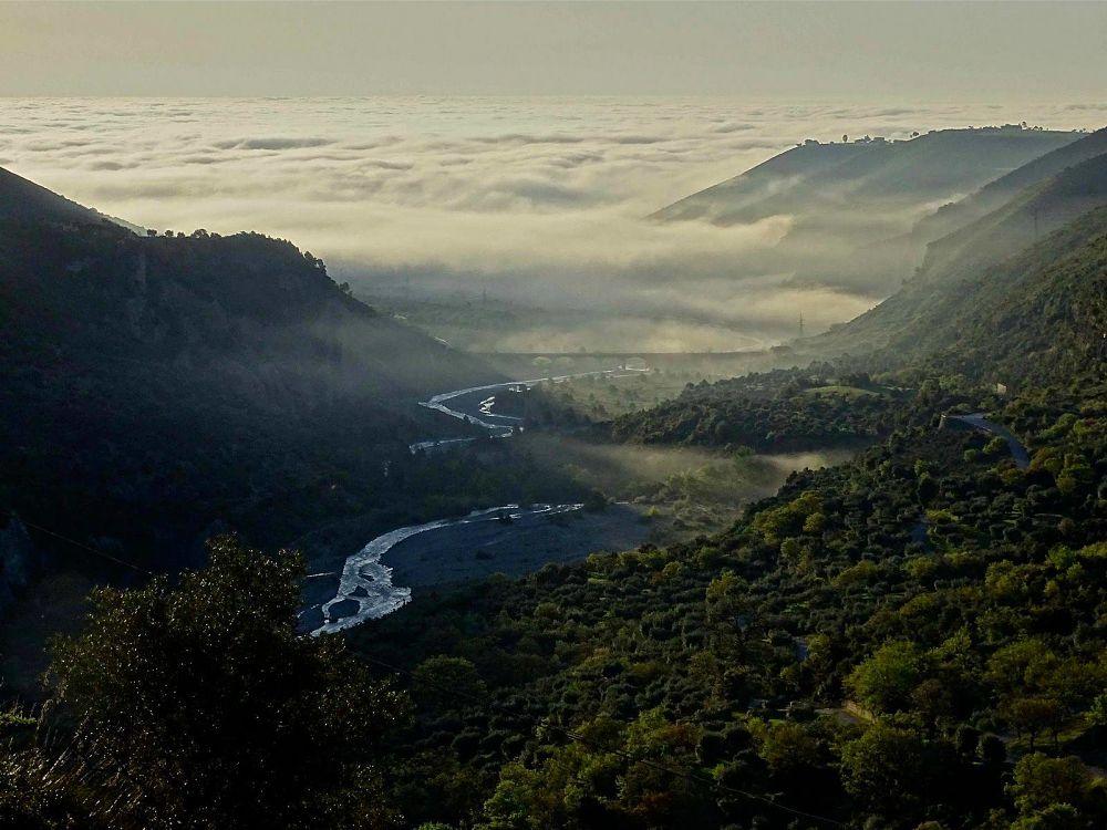 Una valle della Sibaritide, quella del torrente Raganello - Ph. © Stefano Contin