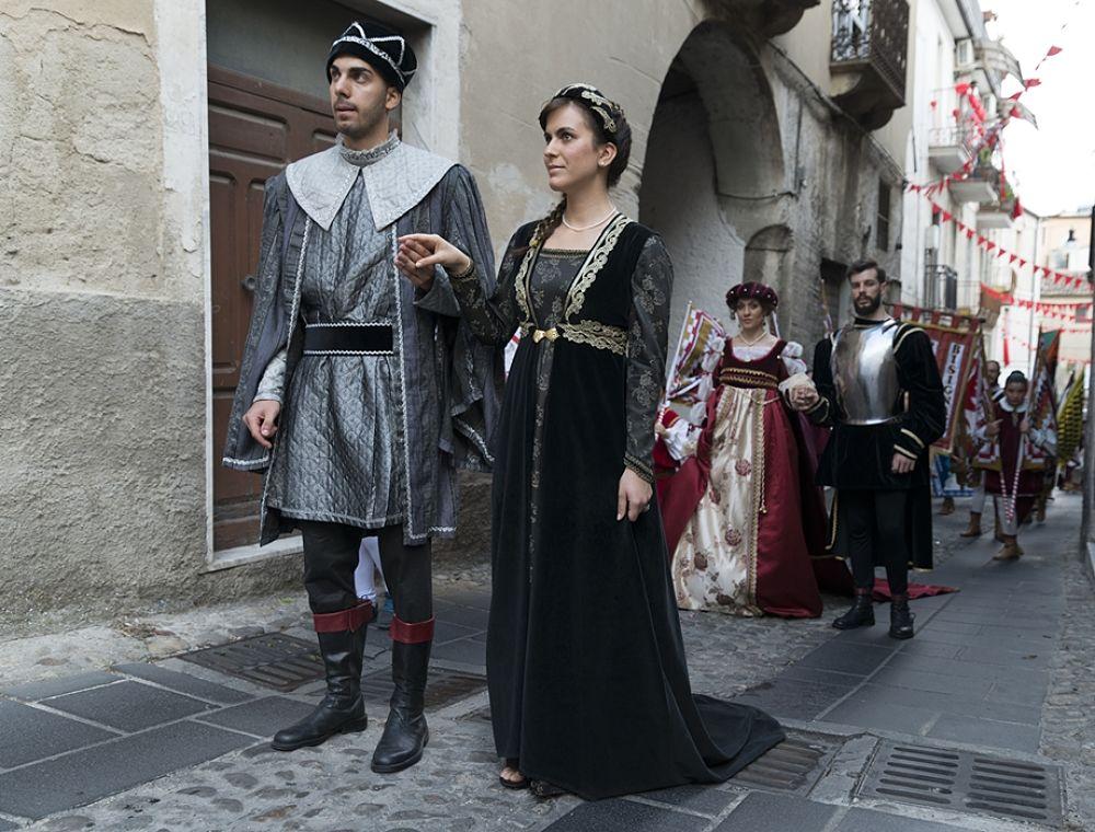 Un momento del Corteo Storico, Palio del Principe, Bisignano (Cs) – Ph. © Francesco Cariati