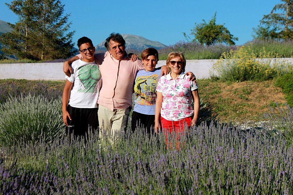 Selene Rocco (al centro) con i genitori e suo figlio - Ph. © Gianni Termine