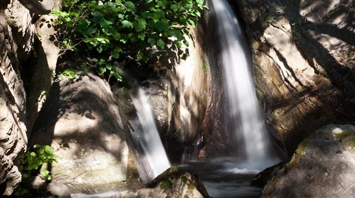 Cascata naturale di acque termali, Terme Luigiane, Acquappesa (Cs)