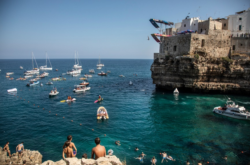 La bellissima Polignano a Mare (Bari)