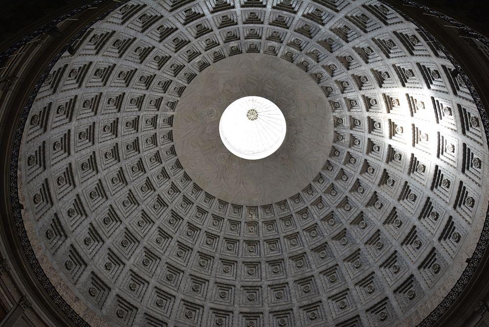 Cupola a lacunari della Basilica di S. Francesco di Paola, Napoli - Image source | ccby-sa4.0