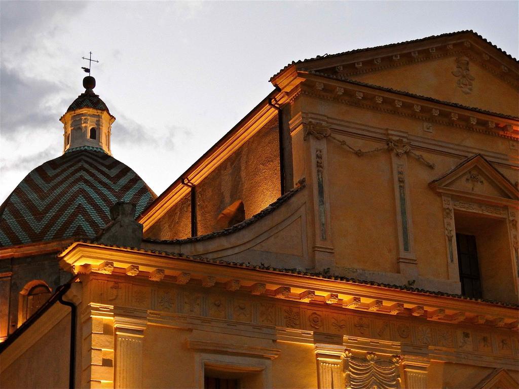 Scorcio della Colleggiata di S. Maria Maddalena, Morano Calabro (Cs) - Ph. © Stefano Contin