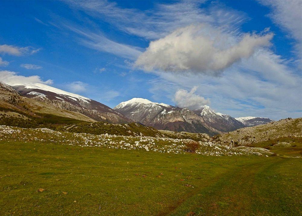 Monti innevati nel Parco Nazionale del Pollino - Ph. © Stefano Contin
