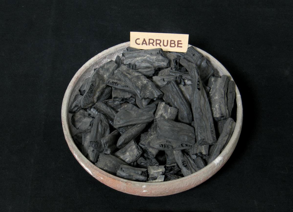 Carrube carbonizzate da Pompei, Museo Archeologico Nazionale, Napoli