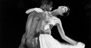 Coreografia per una mostra. Robert Mapplethorpe al MADRE di Napoli
