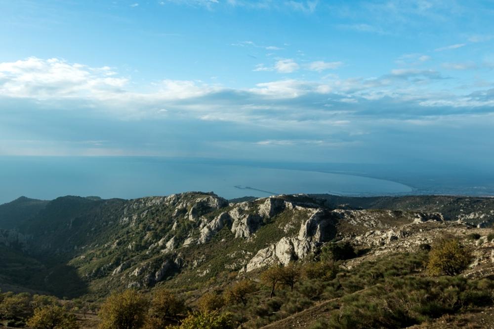 L'Adriatico visto dalle alture di Monte Sant'Angelo (Fg)