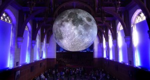 Museum of the Moon. Arriva a Bari la luna in scala ridotta dell'artista Luke Jerram