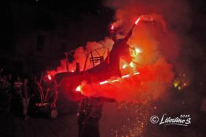 """U camiu, festa di """"Tri da Cruci"""" (Tre della Croce), Tropea (VV) - ph. Salvatore Libertino per Racconta il tuo Sud"""