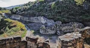 L'abbandono dello splendido sito archeologico di Castiglione di Paludi nella lettera-denuncia di Palmino Maierù