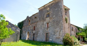 E' a Calvi, in Campania, l'ultima residenza che Federico II° fece costruire al Sud