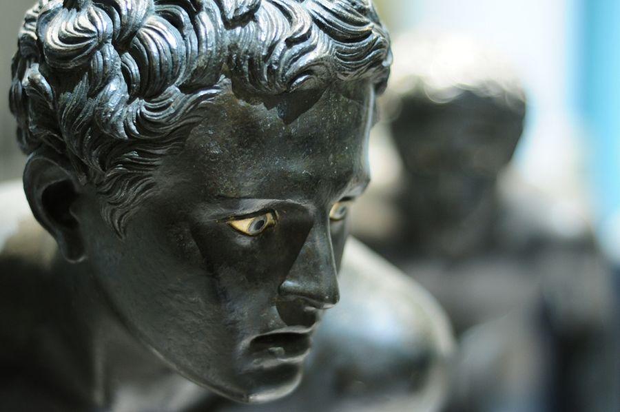 Campania - I corridori dalla Villa dei Papiri di Ercolano, Museo Archeologico Nazionale di Napoli