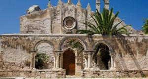 S. Giovanni alle Catacombe, una poesia in pietra scritta dal Tempo e dall'Uomo