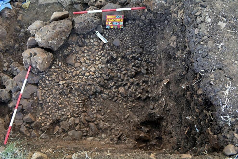 Gli amanti preistorici ritrovati in Grecia