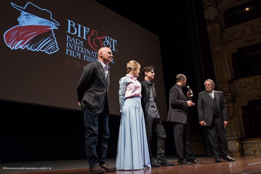 Immagini dal Bif&st: attori e registi sul palco del Teatro Petruzzelli