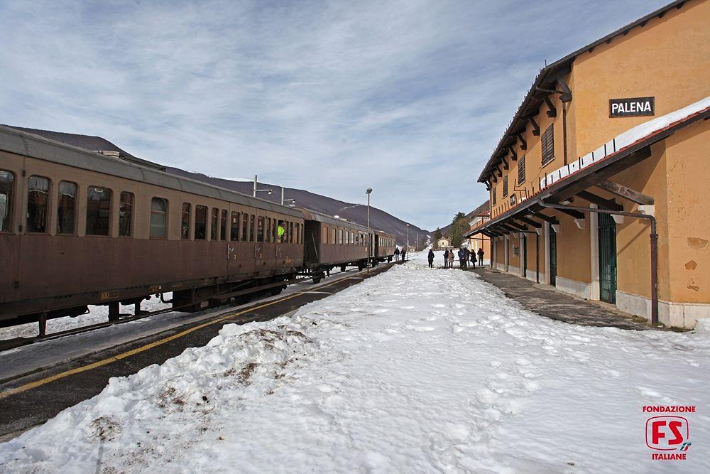 In viaggio fra Abruzzo e Molise sui treni storici della Transiberiana d'Italia