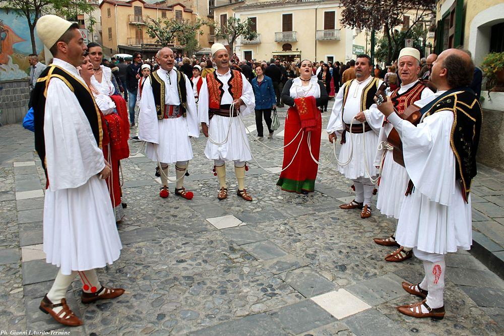 Le vallje di Civita