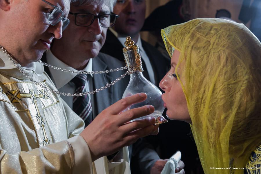 San Nicola: il prodigio della Manna