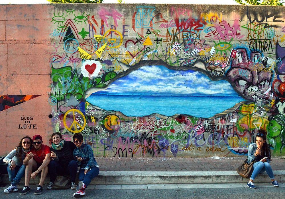 Street art: fenomeno cult di arte urbana. I murales di Matera