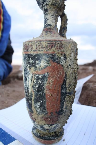 Taranto: ritrovata intatta tomba del VI° sec. a.C.